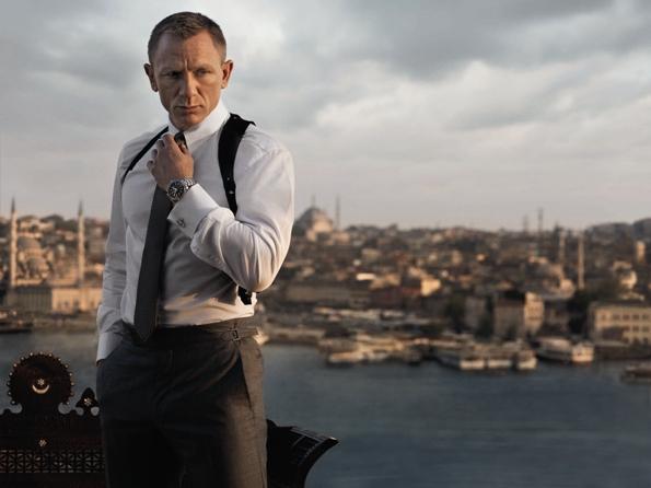Daniel Craig with Planet Ocean 42mm_SKYFALL